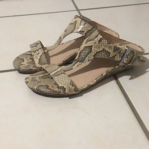 Reaction Kenneth Cole wedge sandals